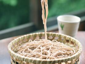 手打ちそば たか木は蕎麦粉にこだわります